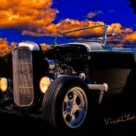 Chas Sinklier - 32 Ford Roadster in Silver an Black