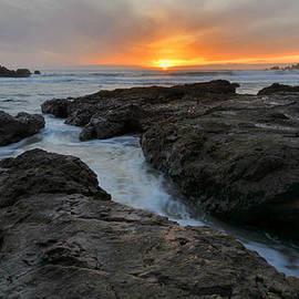 Stephen  Vecchiotti - Big Sur Sunset