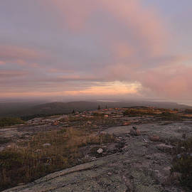 Stephen  Vecchiotti - Dawn On Cadillac Mountain