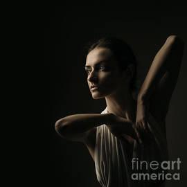 Nikolai Levchenko - Emotional portrait of brunette
