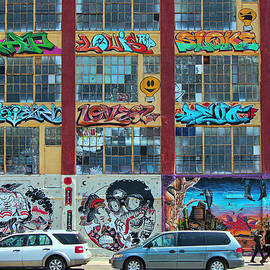 Allen Beatty - 5 Pointz Graffiti Art 10