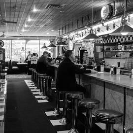 Betty Denise - 50s Diner