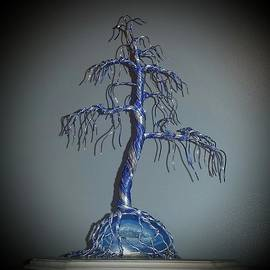 Ricks  Tree Art - #59 Feelin Blue Wire Tree Sculpture Root Over Agate Geode