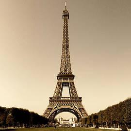 Ludek Sagi Lukac - Eiffel Tower