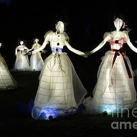 Frank Townsley - 8 Ladies dancing