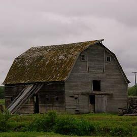 Jeff  Swan - A Barn In Northern Montana