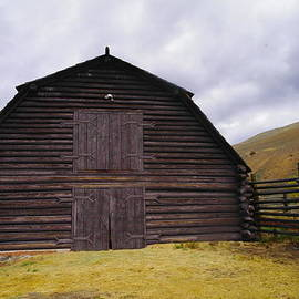 A Barn In Wyoming