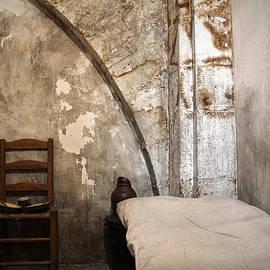 RicardMN Photography - A cell in La Conciergerie de Paris