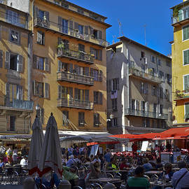 Allen Sheffield - A City Square in Nice France