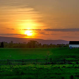 Bill Cannon - A Country Sunset
