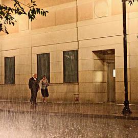 Chris Fender - A Couple in the Rain