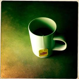 Marco Oliveira - A Cup of Tea at Night II