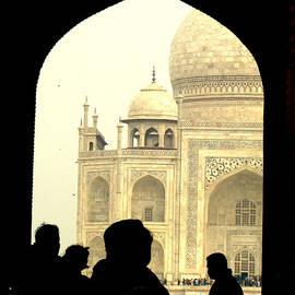 Prajakta P - A glimpse of Taj