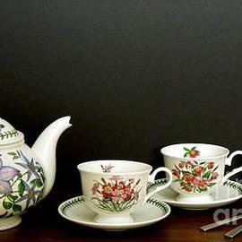 Renee Trenholm - A Portmeirion Tea