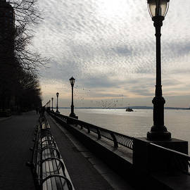 Georgia Mizuleva - A Quiet Peaceful Esplanade - New York City Hudson River