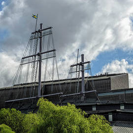 Marianne Campolongo - A Ship on Shore Stockholm Sweden