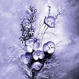 Hazel Holland - A Smokey Lavender Bouquet