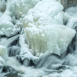 Stroudwater Falls Photography - A Snow Capped Cascade Eroded Mini Glacier