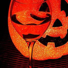 Michael Hoard - A Toast To Halloween
