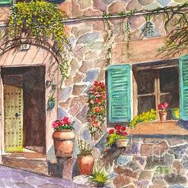 Carol Wisniewski - A Townhouse in Majorca Spain