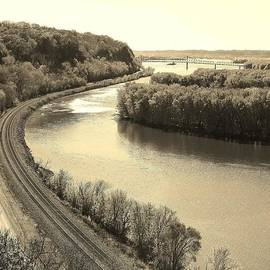 Bruce Bley - A view of the Mississippi River