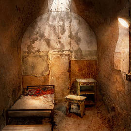Mike Savad - Abandoned - Eastern State Penitentiary - Life sentence