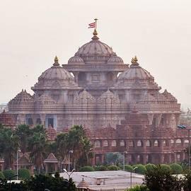 Kim Bemis - Akshardham Temple - New Delhi India