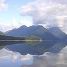 Ian Mcadie - Alouette Lake Calm
