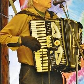 VLee Watson - Americana Musician