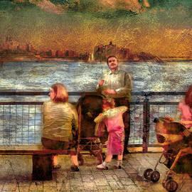 Mike Savad - Americana - People - Jewish Families