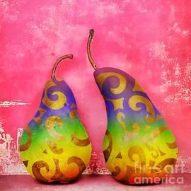 Chrystyne Novack - An Artful Pear