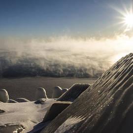 Sven Brogren - An icy scene in the morning sun