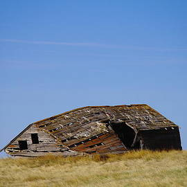 Jeff  Swan - An Old Fallen Barn