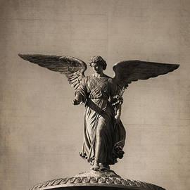 Zina Zinchik - Angel of Waters