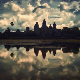 Kim Andelkovic - Angkor Wat Sunset