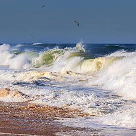 Bill  Wakeley - Angry Sea