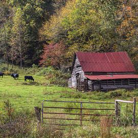 Debra and Dave Vanderlaan - Appalachian Farm Barn