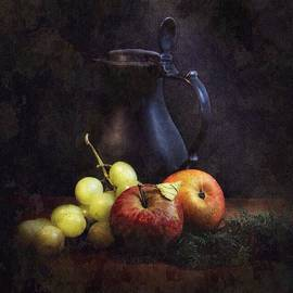 Hugo Bussen - Apples grapes and tin can