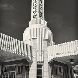 Mary Lee Dereske - Art Deco Gas Station Shamrock Texas