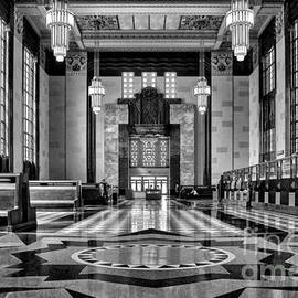 Nikolyn McDonald - Art Deco Great Hall #2 - bw