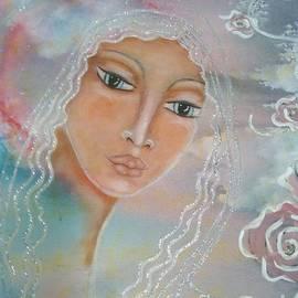Maya Telford - Astara