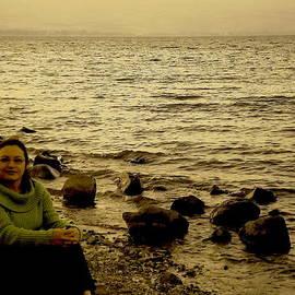 Sandra Pena de Ortiz - At the Shores of the Sea of Galilee