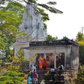 Kim Bemis - At the Temple - Kumbhla Mela - Allahabad India
