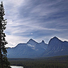 Janet Ashworth - Athabaska River and Mountains