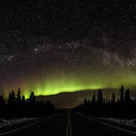 Sean Kurdziolek - Aurora Borealis and Milky Way