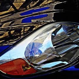 Sarah Loft - Auto Headlight 113