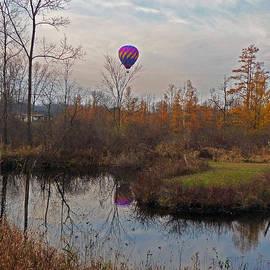 Thomas Michael Conner - Autumn Balloon