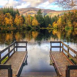 Dave Bowman - Autumn in Glencoe Lochan