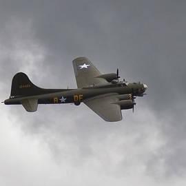 Maj Seda - B-17 Flying Fortress Sally B