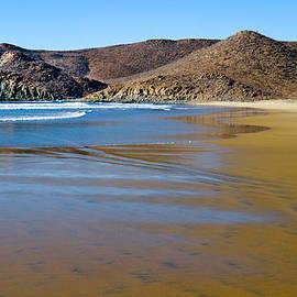 Bernard  Barcos - Baja Beach I